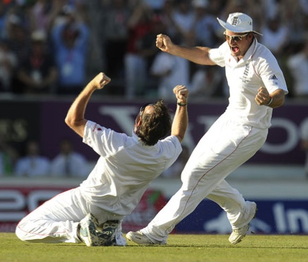 Strauss and Swann at the momend England regained the Ashes